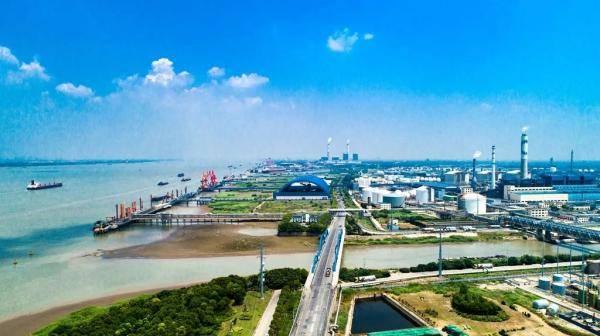 泰兴市滨江镇上榜中国百强镇,排名47